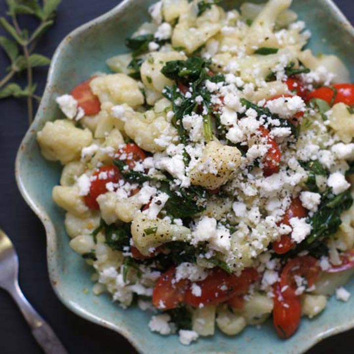 paleo diet, paleo recipe, Greek Salad With Cauliflower