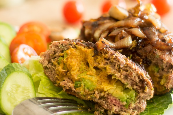 paleo diet, paleo recipes, Avocado Spicy Mayo Patties