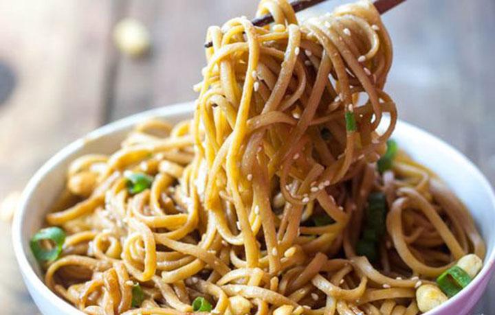 paleo diet, paleo recipes, Squash Peanut Noodles